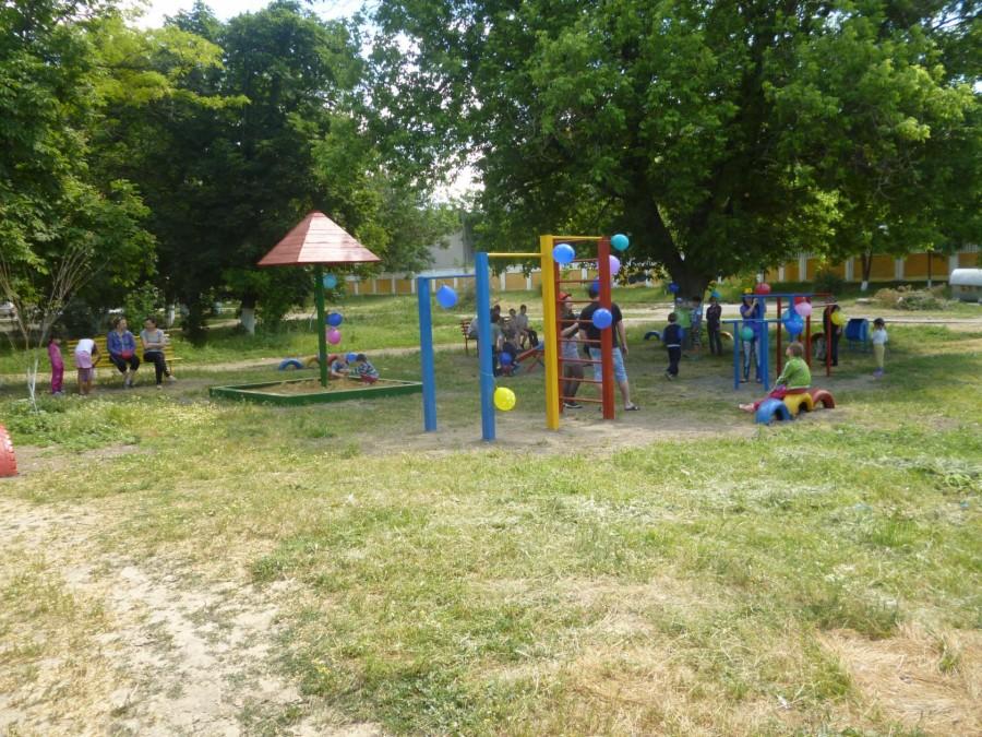 Парк, расположенный возле  ВЧД-4, микрорайон